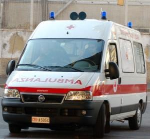 ambulanza-300×279