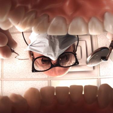 M~ p17ma01/11p clr/teeth