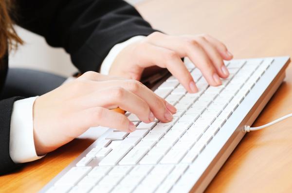 internet-scrivere-tastiera-web-computer-pc