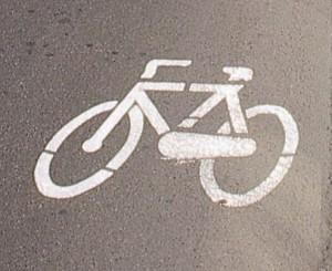 pista-ciclabile-bici-biciclette-300×245