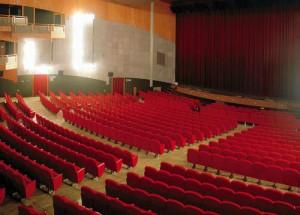 teatro-tra-sala-grande-300×215