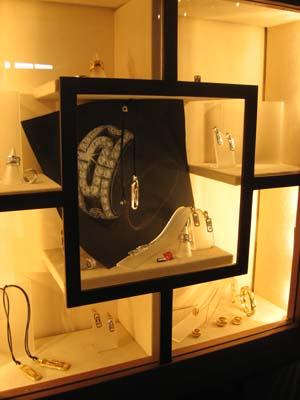 vetrina-gioielli