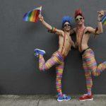 Gay di tutta la provincia unitevi: Pride a Genova e Torino