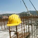 Una impresa su dieci è straniera. Costruzioni e commercio in aumento