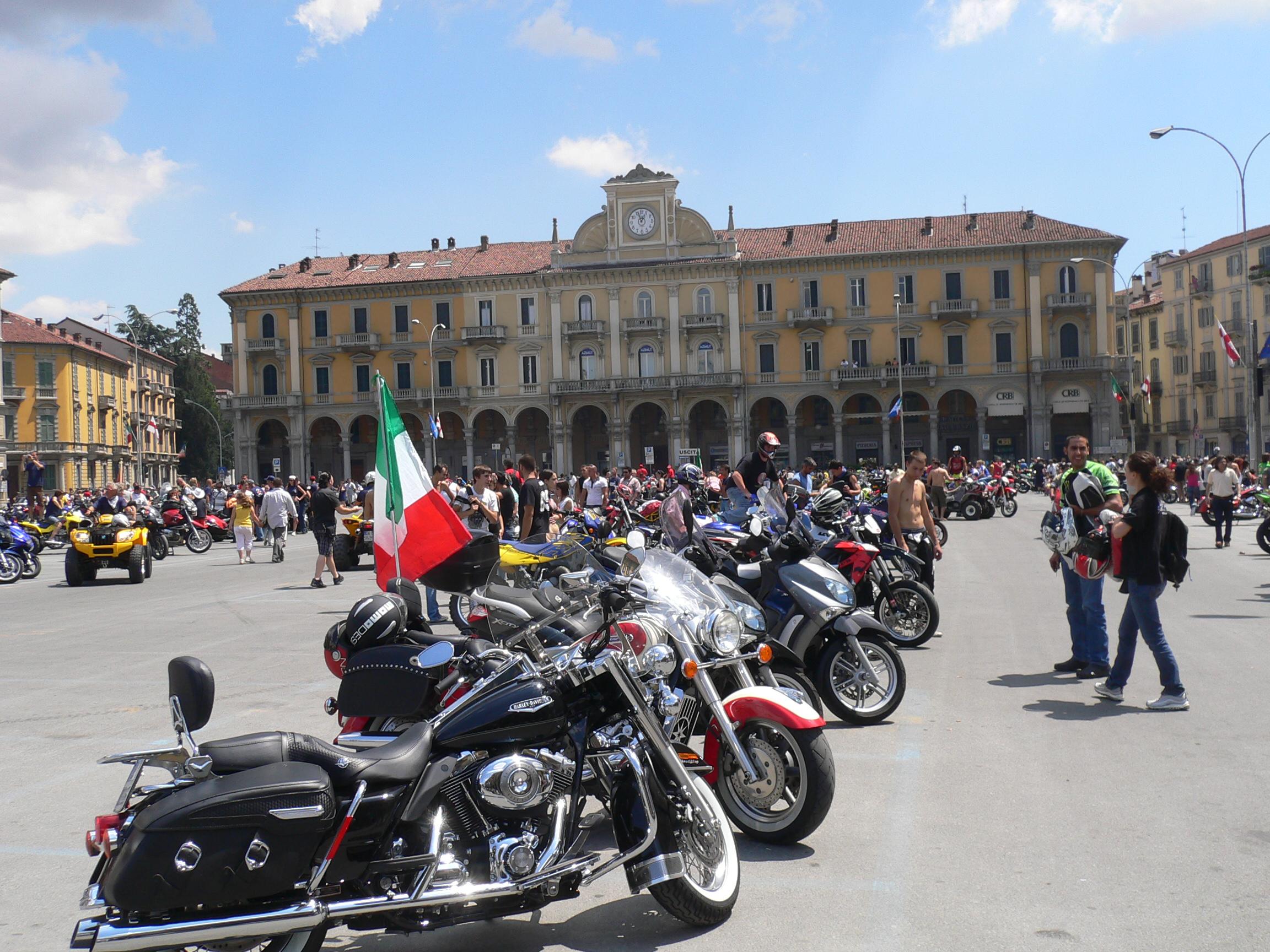 madonnina-piazza-garibaldi
